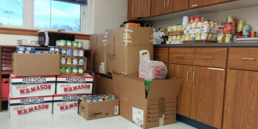 Food+collected+by+students+and+staff+of+WB
