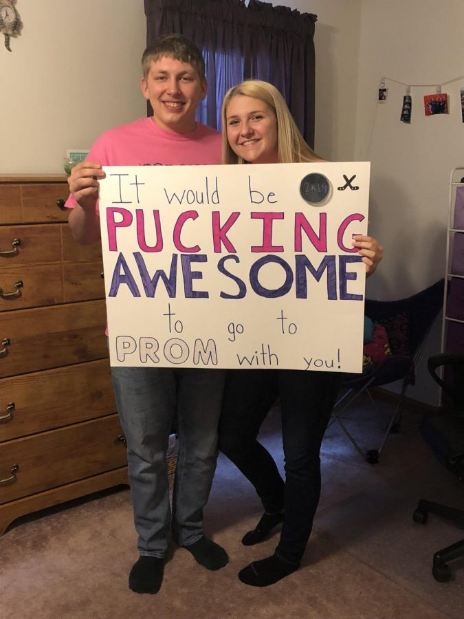 DDelaney and Gage with a hockey themed promposal.