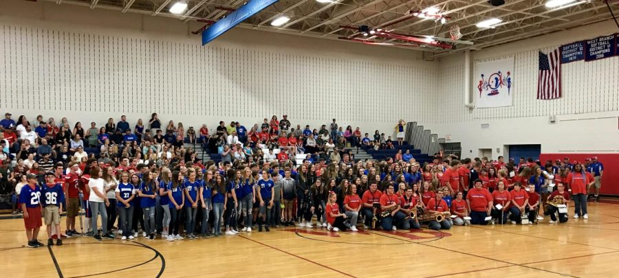 All of the fall sports teams at Meet the Warriors