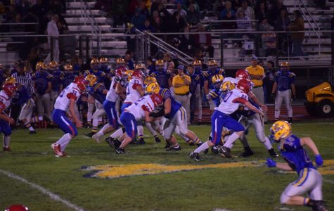 Blue-Devils Rout Warriors 50-14